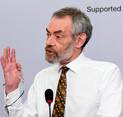 Dr.-Martin-Greely